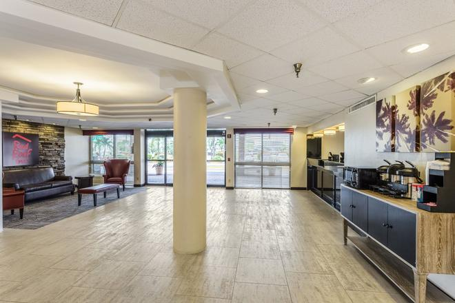 Red Roof Inn St Petersburg - Clearwater/Airport - Clearwater - Lobby