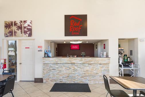 Red Roof Inn Ft Pierce - Fort Pierce - Front desk