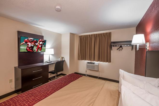 Red Roof Inn Jacksonville - Cruise Port - Jacksonville - Schlafzimmer