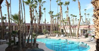 Yuma Airport Inn By Magnuson Worldwide - Yuma - Bể bơi