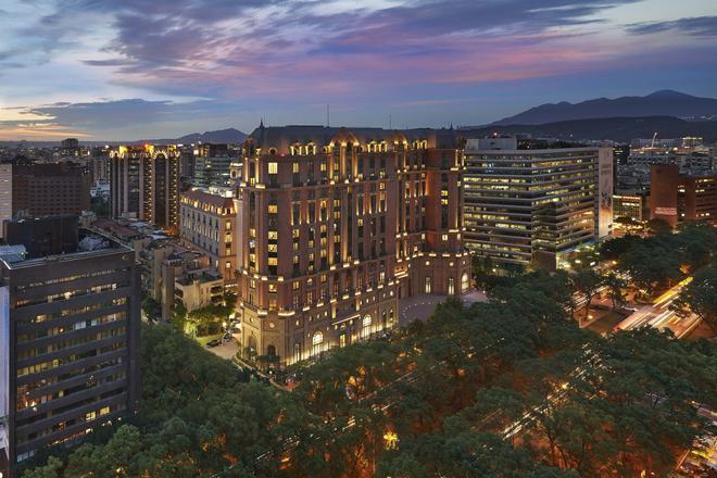 台北文華東方酒店 - 台北 - 建築