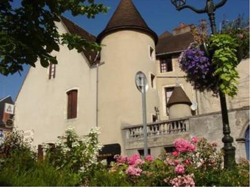 Hôtel de l'Ecu - Saint-Amand-Montrond - Building