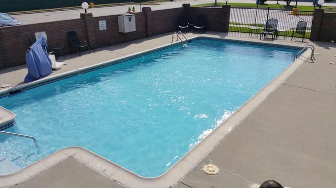 Motel 6 Lafayette, LA - Lafayette - Pool