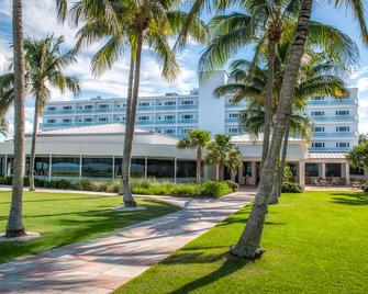 Naples Beach Hotel and Golf Club - Napels - Gebouw