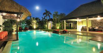 Villa De La Vie - 庫塔 - 游泳池