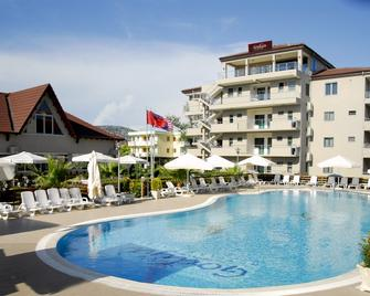 Godija Hotel & Suites - Velipojë - Building