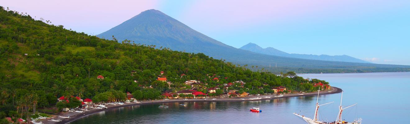 Ξενοδοχεία στην πόλη Abang